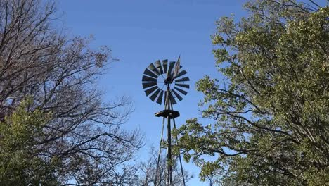 Texas-Big-Bend-Zooms-To-Windmill-At-Sam-Nail-Ranch