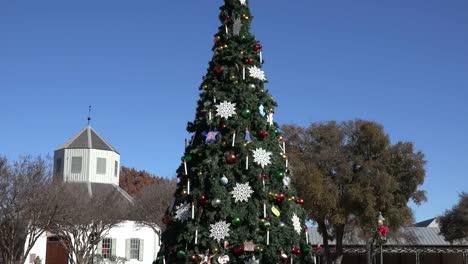 Texas-Fredericksburg-árbol-De-Navidad-Y-Edificio-Histórico-Alejar