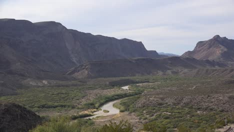 Texas-River-Road-Rio-Grande-Winds-Through-Flood-Plain