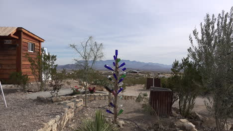 Texas-Terlingua-Bottles-On-A-Pole-Zooms-In
