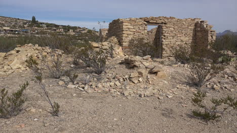 Texas-Terlingua-Creosote-Bush-And-Ruin-Pan