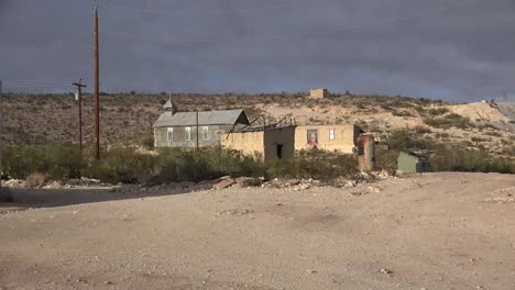 Texas-Terlingua-Old-Church-Zooms-In