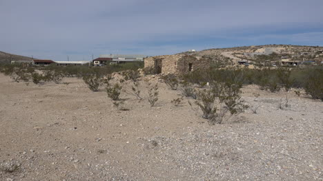 Texas-Terlingua-Stone-House-Ruin-Zooms-In
