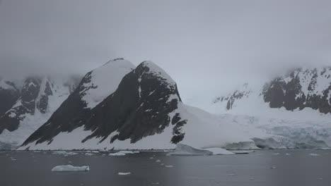 Antarctica-Lemaire-Approaching-Glacier