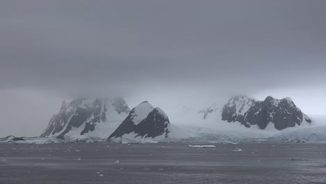 Antarctica-Lemaire-Horns-And-Glacier