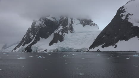 Antarctica-Lemaire-Little-Glacier-Between-Rocks