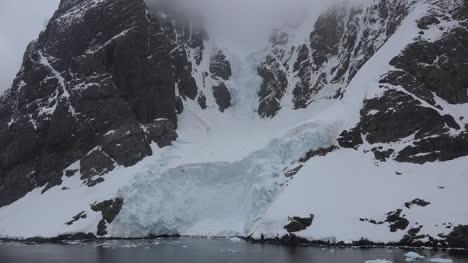 Antártida-Lemaire-Nieve-Por-Agua