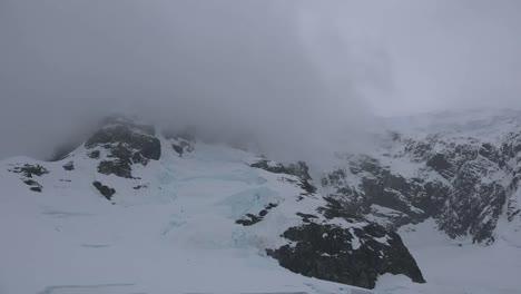 Antarctica-Lemaire-Tilt-Up-View