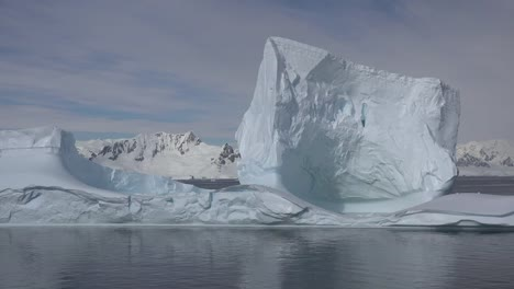 Antarctica-Big-Iceberg-Floats-By