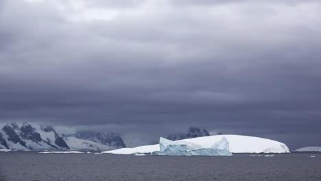 Antarctica-Curved-White-Island