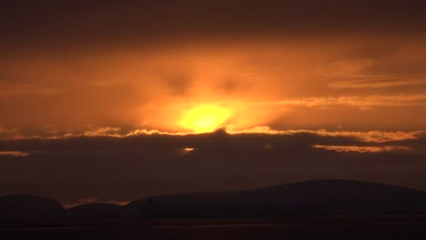 Antarctica-Sun-Glow-Above-Cloud-And-Ice