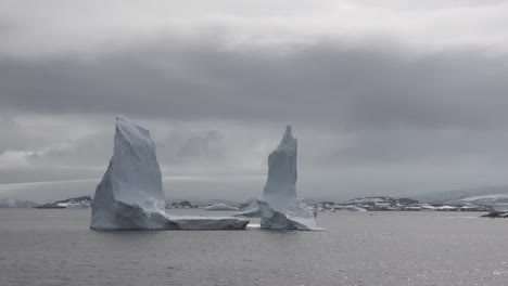 Antarctica-Tall-Icebergs-Floating