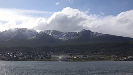 Argentina-Ushuaia-Big-Cloud-Over-Cirque