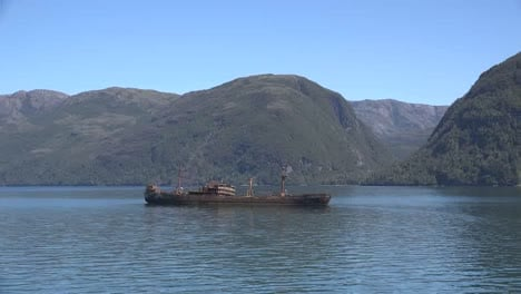 Chile-Captain-Leonidas-Shipwreck