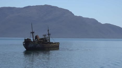 Chile-Captain-Leonidas-Spooky-Wrecked-Ship