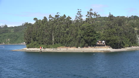 Chile-Estero-De-Castro-House-On-Shore
