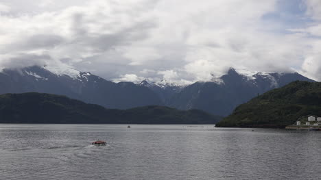 Chile-Fjord-At-Puerto-Chacabuco