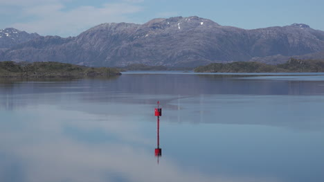 Chile-Paso-Summer-Red-Buoy-Reflections
