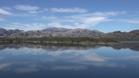 Chile-Paso-Summer-Vista-And-Reflections-In-Fjord