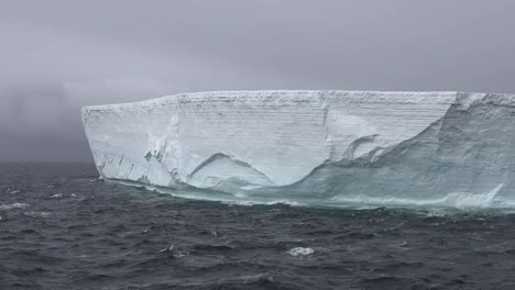 Antarctica-Pan-And-Zoom-On-Iceberg