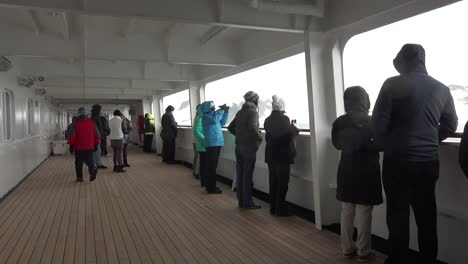 Antarctica-Passengers-On-Ship