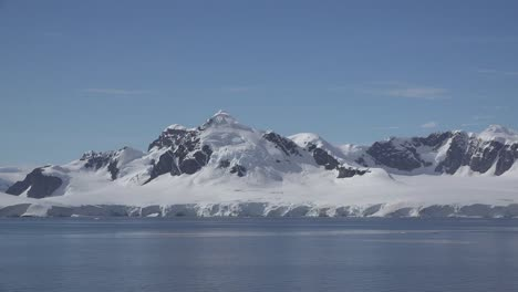 Antarctica-Passing-Snowy-Mountains