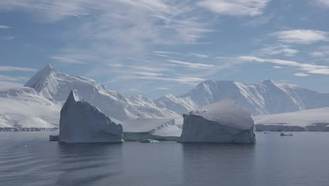 Antarctica-Two-Square-Icebergs-Time-Lapse