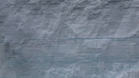 Antarctica-Zooms-Out-From-Iceberg