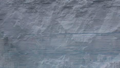 La-Antártida-Se-Aleja-Del-Iceberg