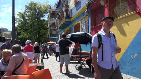 Argentina-Buenos-Aires-La-Boca-Tourists