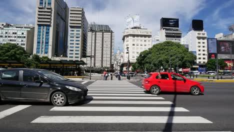 Argentina-Buenos-Aires-Traffic-Passes-Crosswalk
