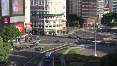 Argentina-Buenos-Aires-Traffic-Time-Lapse