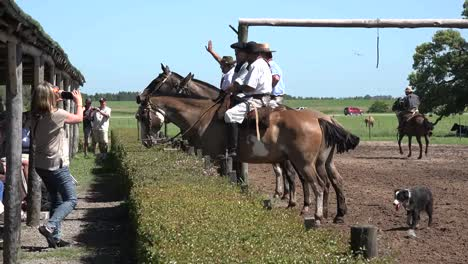 Argentina-Estancia-End-Of-Gaucho-Show