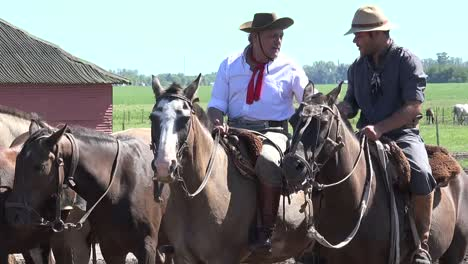 Argentina-Zooms-On-Gauchos-On-Horses