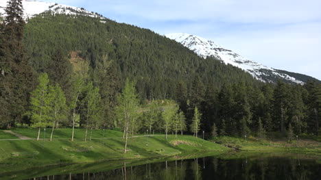 Alaska-Alyeska-Pond-And-Forested-Mountain-Zoom