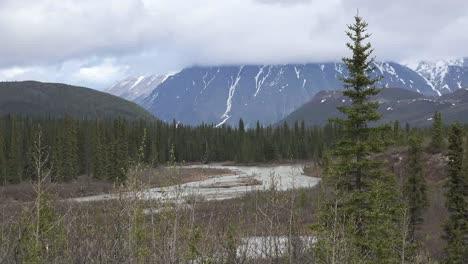 Alaska-Denali-Park-River-And-Cloud-On-Mountain