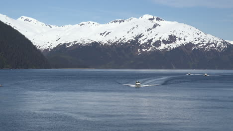 Alaska-Boats-Approaching-Whittier-Zoom-In