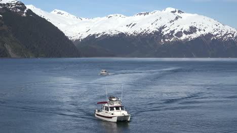 Alaska-Boats-Arriving-Zoom-Out