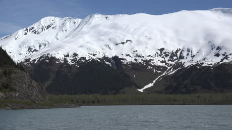 Alaska-Ridge-Above-Portage-Lake