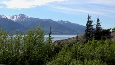 Alaska-Rock-Outcrop-Above-Turnagain-Arm