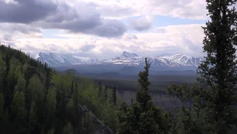 Alaska-Valley-View-Zooms-In