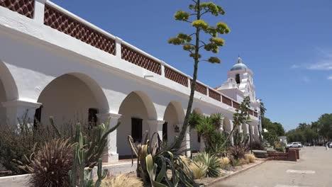California-Oceanside-Mission-San-Luis-Rey-De-Francia-Front-Colonnade