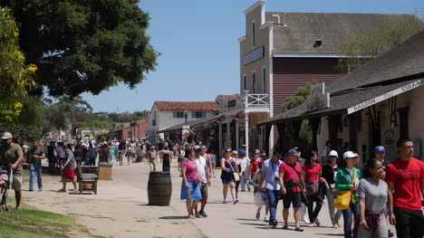 California-San-Diego-Old-Town-Colorado-House-Street-Scene-With-Tourists