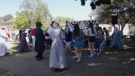California-San-Diego-Old-Town-Historic-Costumes-Tourists