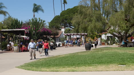 California-San-Diego-Old-Town-Tourists-Strolling