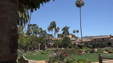 California-San-Juan-Capistrano-Mission-Courtyard-With-Tall-Palm
