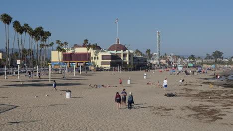 California-Santa-Cruz-Cowells-Beach-With-People