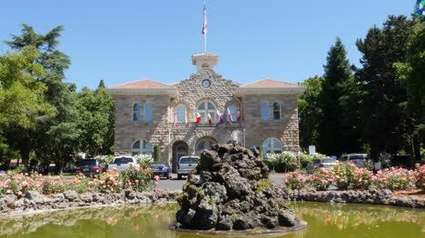 California-Sonoma-Courthouse-Flags