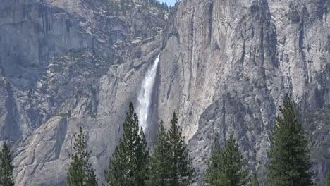 California-Yosemite-Falls-Zoom-Out
