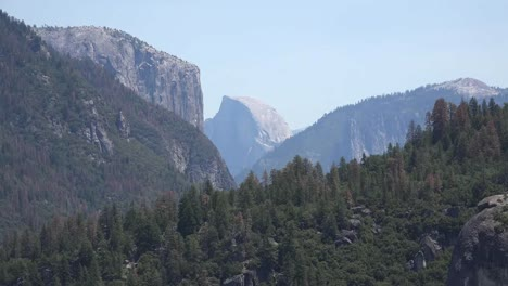California-Yosemite-Half-Dome-Zooms-Out